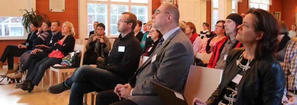 Kuninkaantie kokosi seminaariväen Loviisaan
